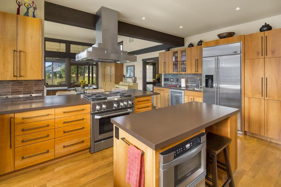 6-Kitchen-from-sink.jpg
