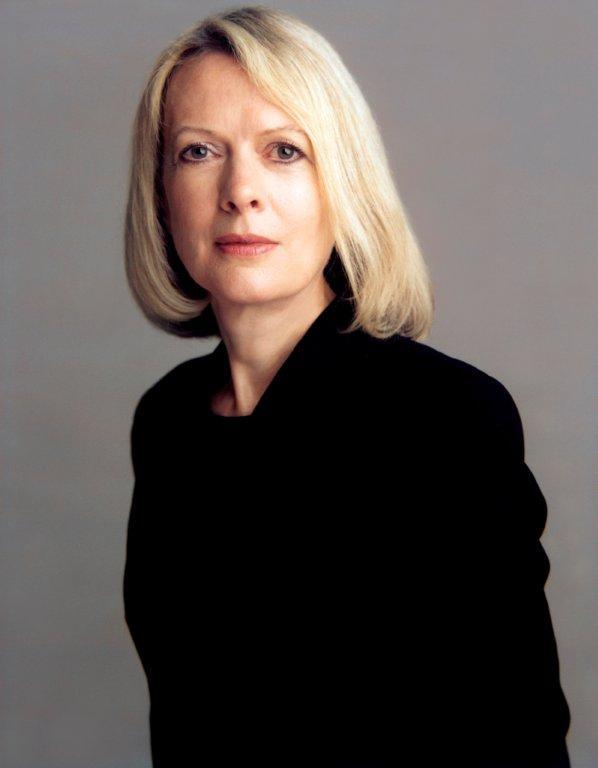Lynne Cooke( 2003 Timothy Greenfield-Sanders) (2).jpg