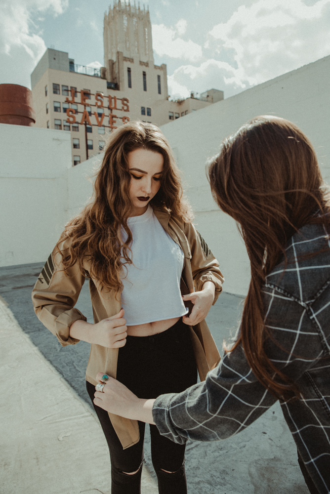 A BTS of Arielle Salsa styling model Destinee Nicholson during our downtown Los Angeles shoot