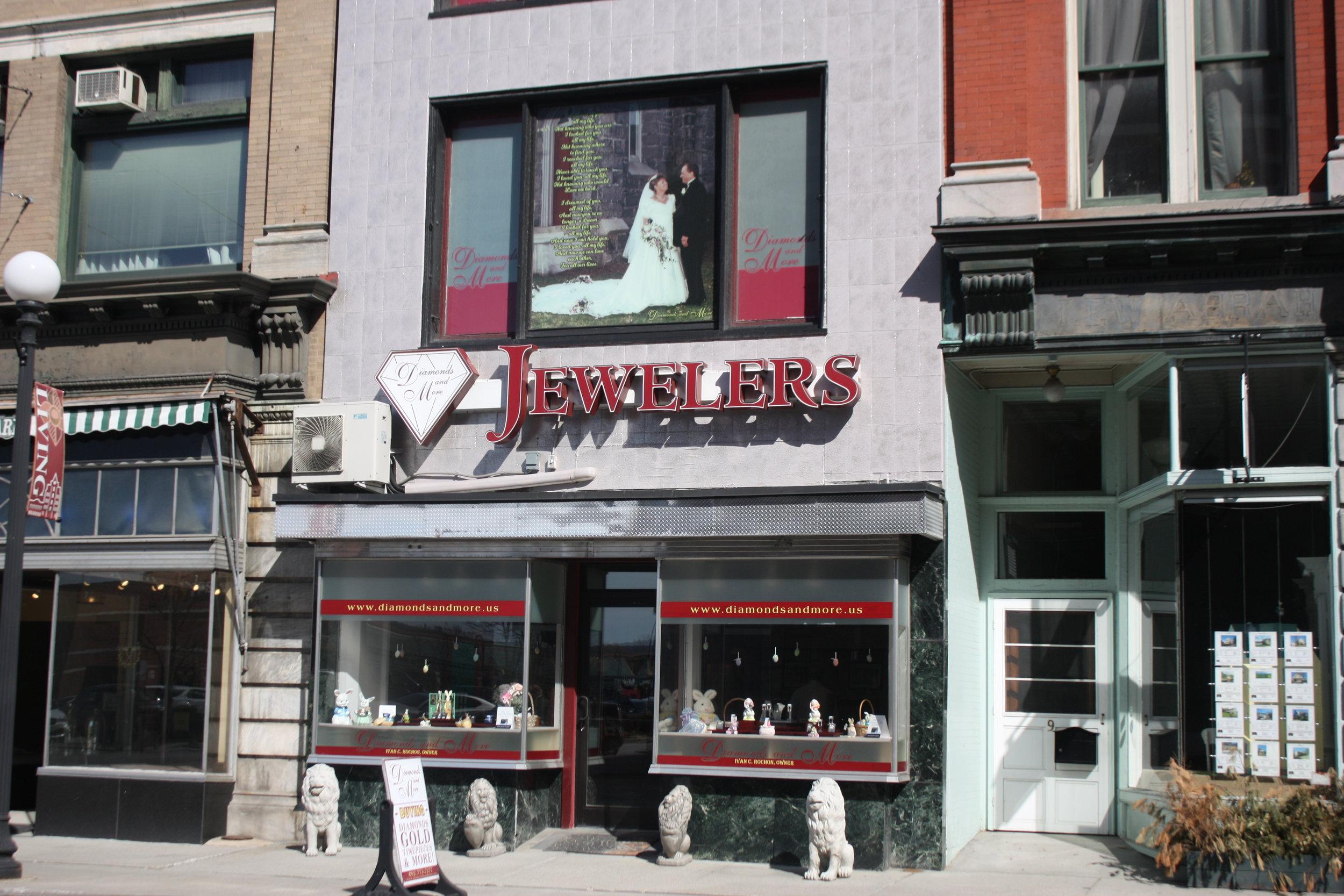 diamondsandmore_storefront.JPG