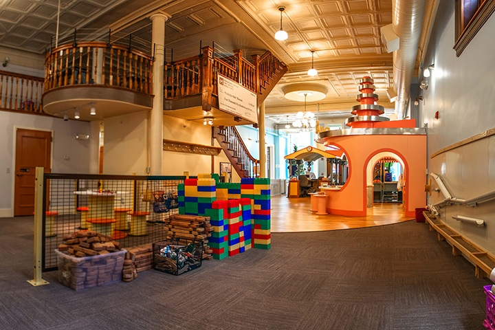 The interior view of Wonderfeet Kids' Museum's exploration space.