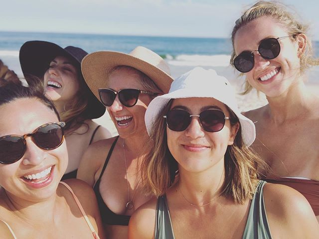 ☀️sunshine and sass☀️ All the love for candid moments with this crew.  #friendship #fireislandpines #fireisland #beachdays #empoweredwomen #newyork #sunshine #laughter #joy #WhyITribe #TribeVibes #curatorofmemories