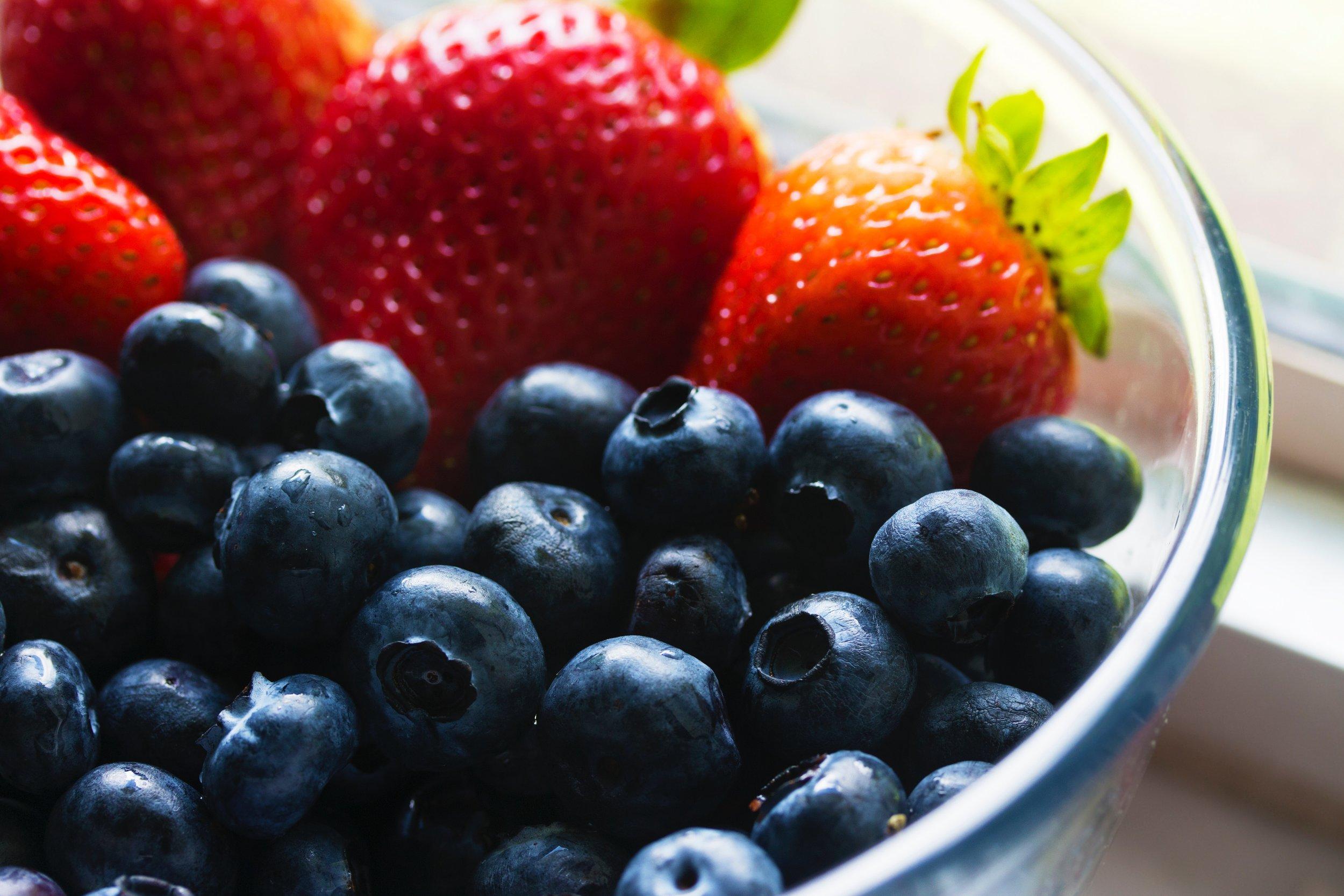 Strawberry Arugula Salad with Blueberry Balsamic -
