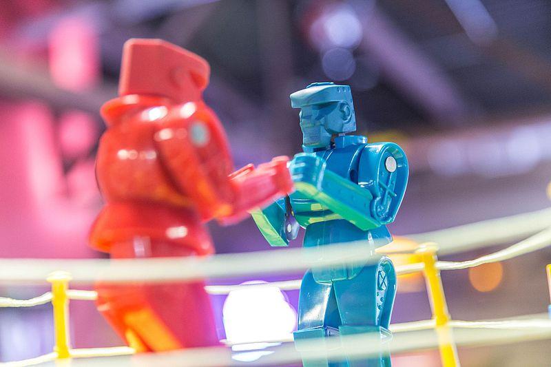 Rock_'em_Sock_'em_Robots_Game.jpg