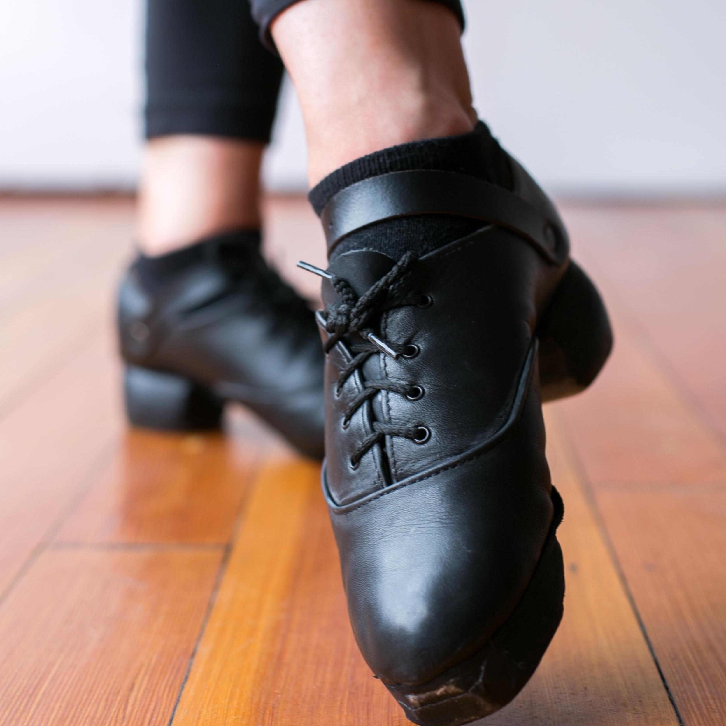 Learn - Fundamental skillsStyles + TechniqueCeili dances for groups