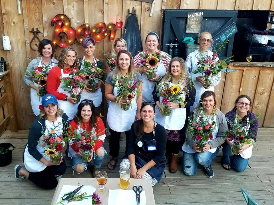 Workshops - Gardenia Farm Flowers offers a variety of workshops throughout the year. We want you to plan, create, & design something amazing.We would love for you to join us!