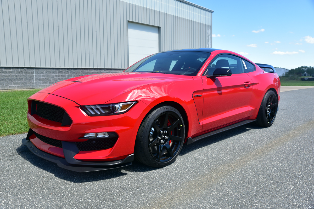 2016-ford-mustang-shelby-gt350r.jpg