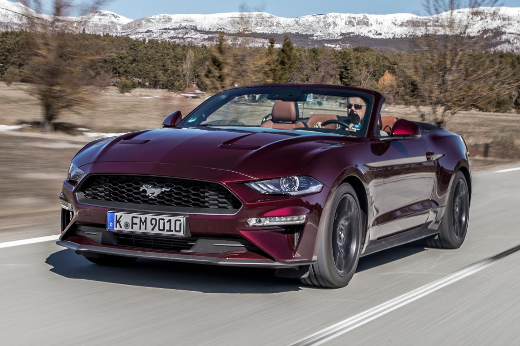 2018-ford-mustang-ecoboost-convertible.jpg