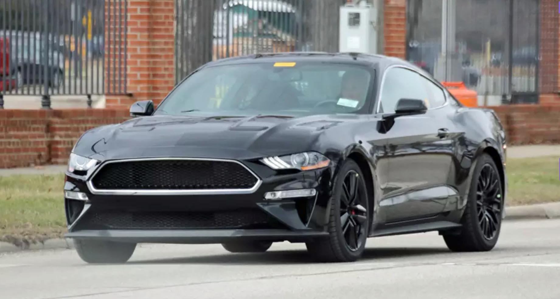 2019-ford-mustang-bullitt-shadow-black.jpg