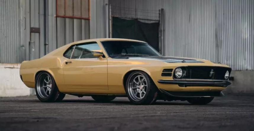 1970-ford-mustang-boss-302-robert-downey-jr.jpg