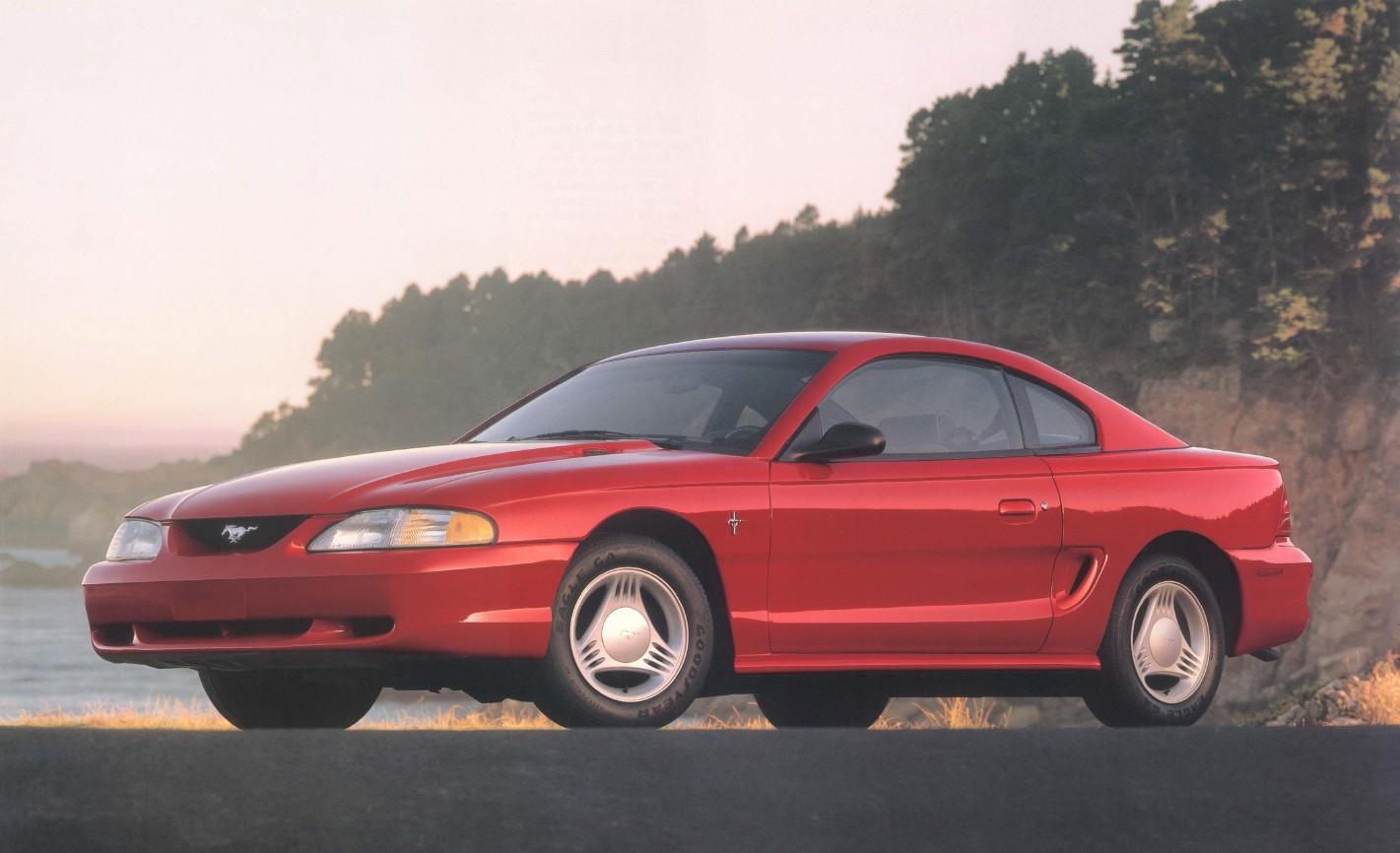 1994-ford-mustang-brochure-03.jpg