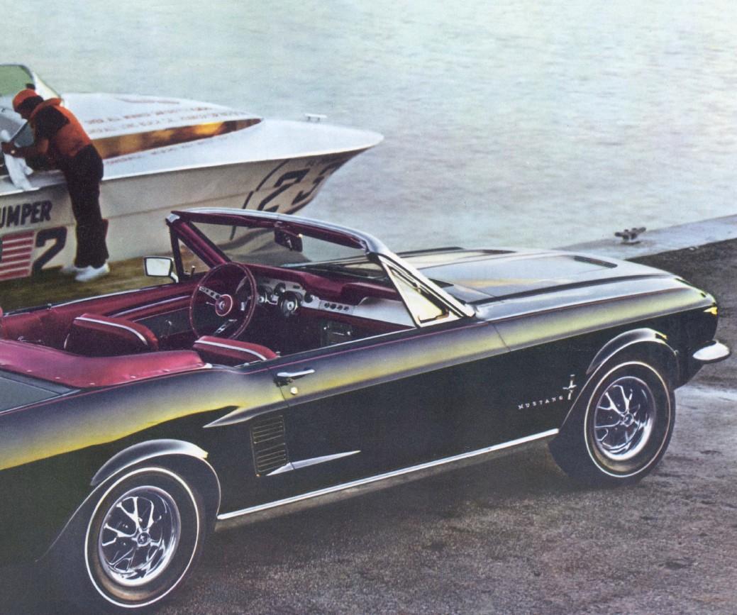 1967-ford-mustang-brochure-07.jpg