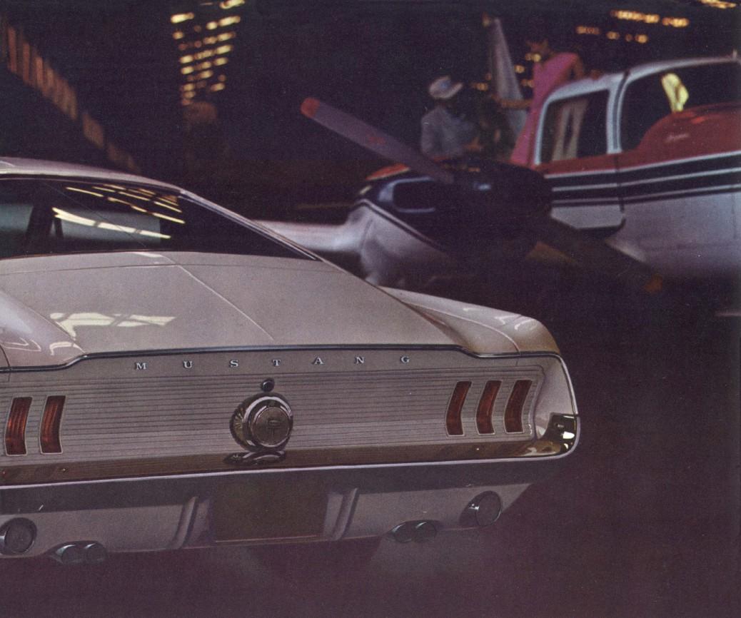1967-ford-mustang-brochure-11.jpg