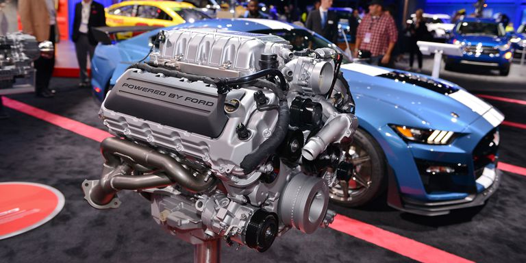2020-ford-mustang-shelby-gt500-engine.jpg