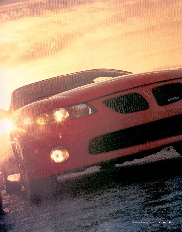 2004-ford-mustang-svt-cobra-vs-pontiac-gto-02.jpg