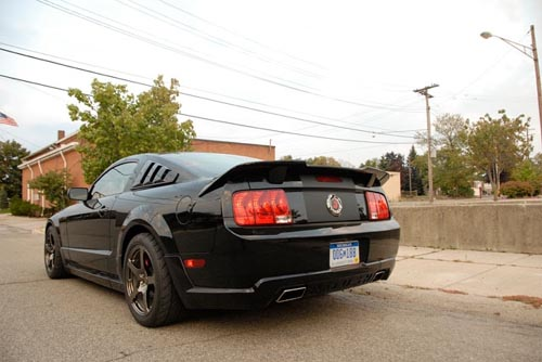 2009-ford-mustang-roush-stage-3-blackJack-03.jpg