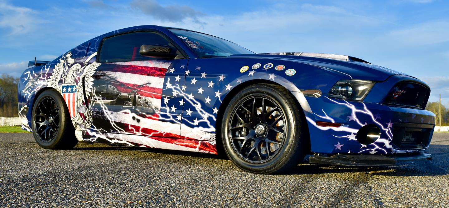 2011-ford-mustang-gt-scott-perry-freedom-stang.jpeg