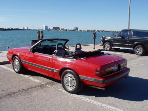1985-ford-mustang-gt-convertible-rob-kiernan-01.jpg