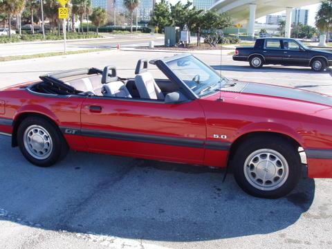 1985-ford-mustang-gt-convertible-rob-kiernan-04.jpg