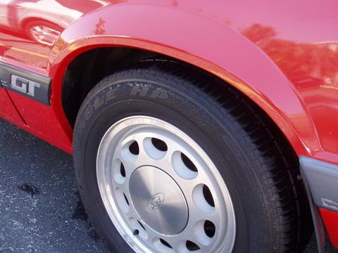 1985-ford-mustang-gt-convertible-rob-kiernan-08.jpg