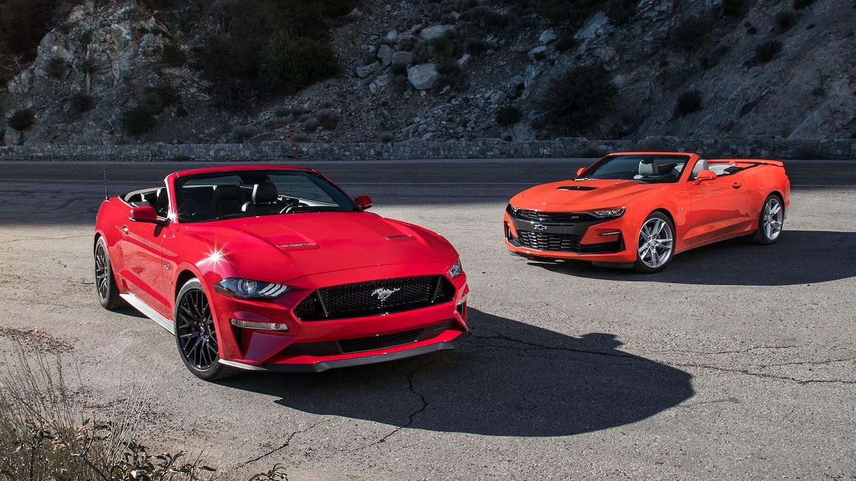 2019-ford-mustang-gt-vs-2019-chevrolet-camaro-ss-convertibles-topless-titans-motor-trend.jpg