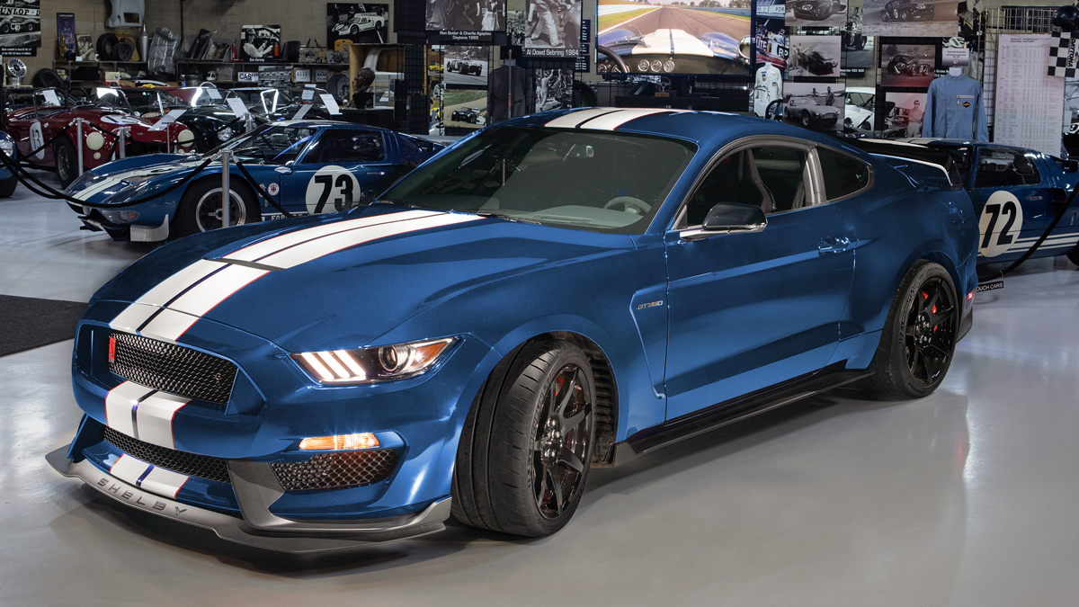 2019-ford-mustang-shelby-gt350r-shelby-american-collection.jpg