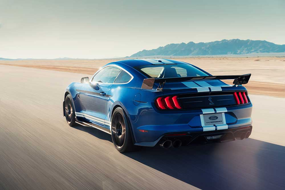 2020-ford-mustang-shelby-gt500-0-100-0-10point6-seconds.jpg