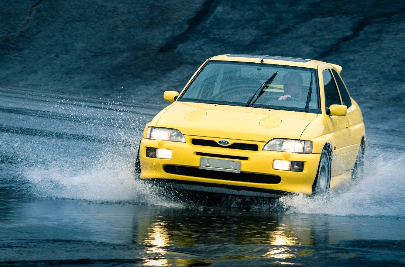 1996-ford-escort-rs-cosworth-jalopnik-reviews.jpg