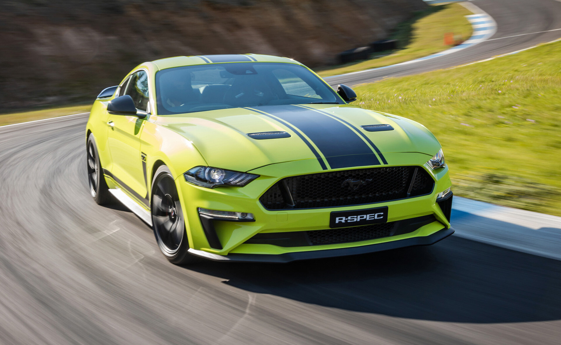 2020-ford-mustang-r-spec-700-hp-supercharged-australia.jpg
