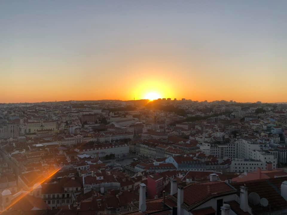 OliviaOwen_Lisboa_city_sunset