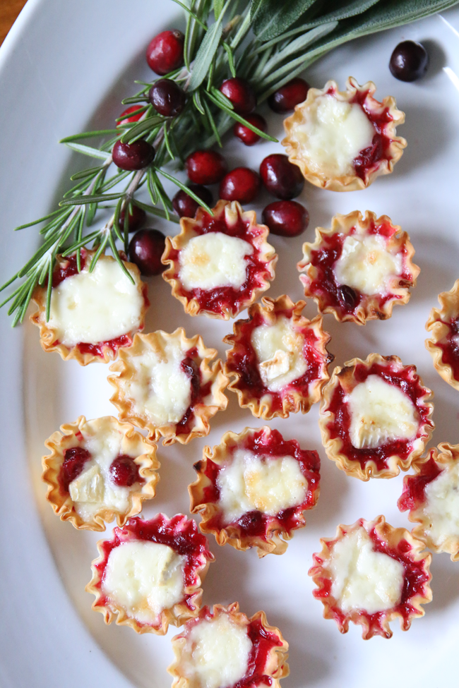 Thanksgiving-Recipe-Cranberry-Brie-Bites.png