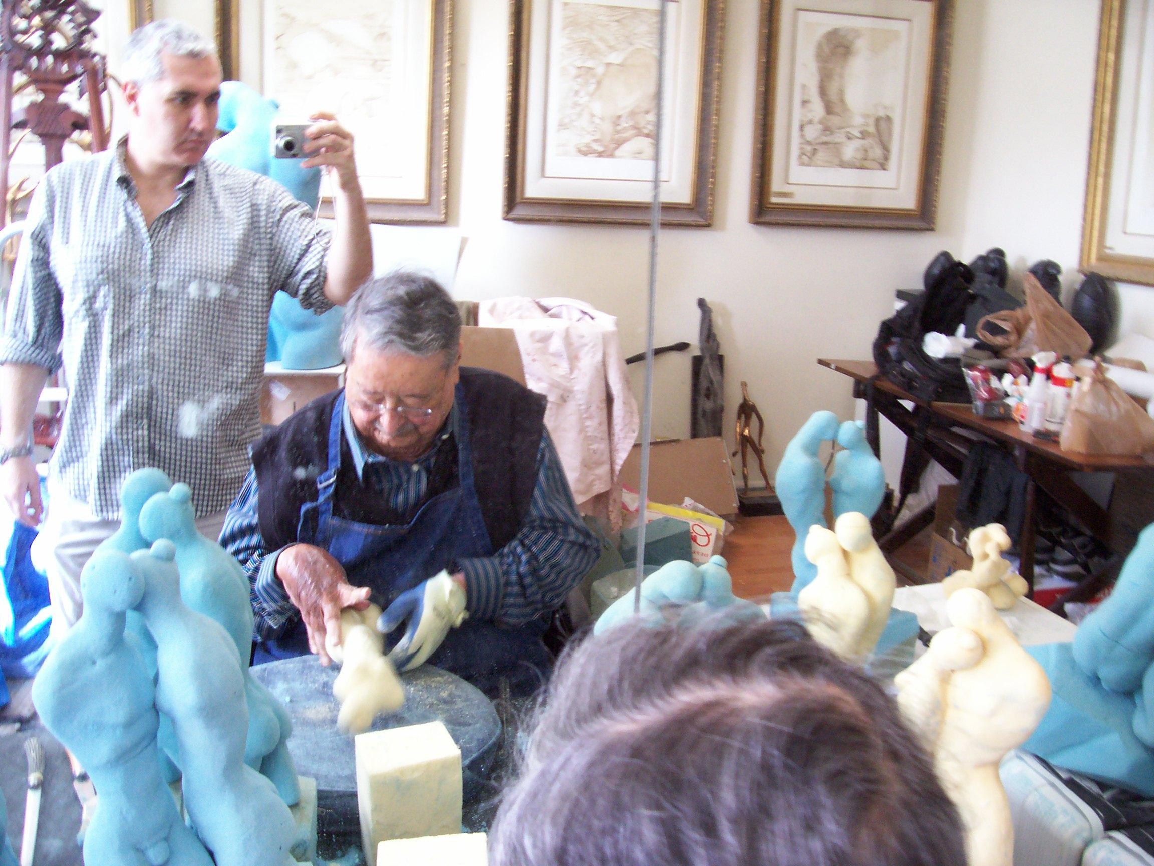 con mi maestro trabajando en estudio de miami.JPG