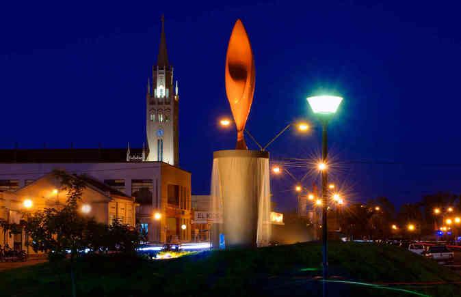 th_th_Arbol del Triunfo, en Paso de los Toros, Uruguay.jpg