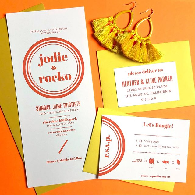 🧡💛🧡💛 . Damn, The #WeddingMBA conference got me revamping my feed so be prepared for some color and some regular content. Did you know that according to @harpersbazaarus, bright yellow is THE color of winter 2019?  #funfact . Earlier this year, I designed this '70s-inspired invitation suite for a summery styled shoot but the bright oranges and yellows give off major fall vibes. . #weddinginvitationdesigner #georgiawedding #brightyellow