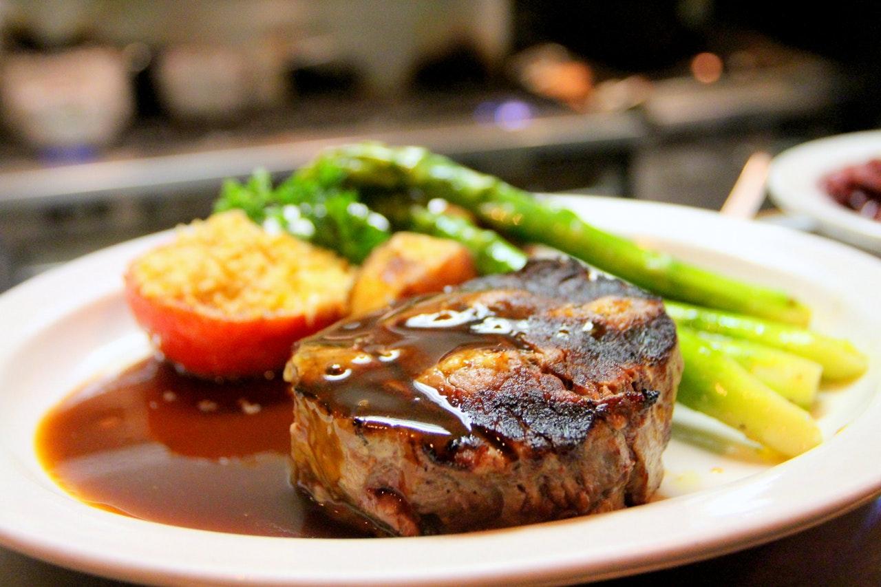dinner-food-steak-pexels-photo-675951.jpeg