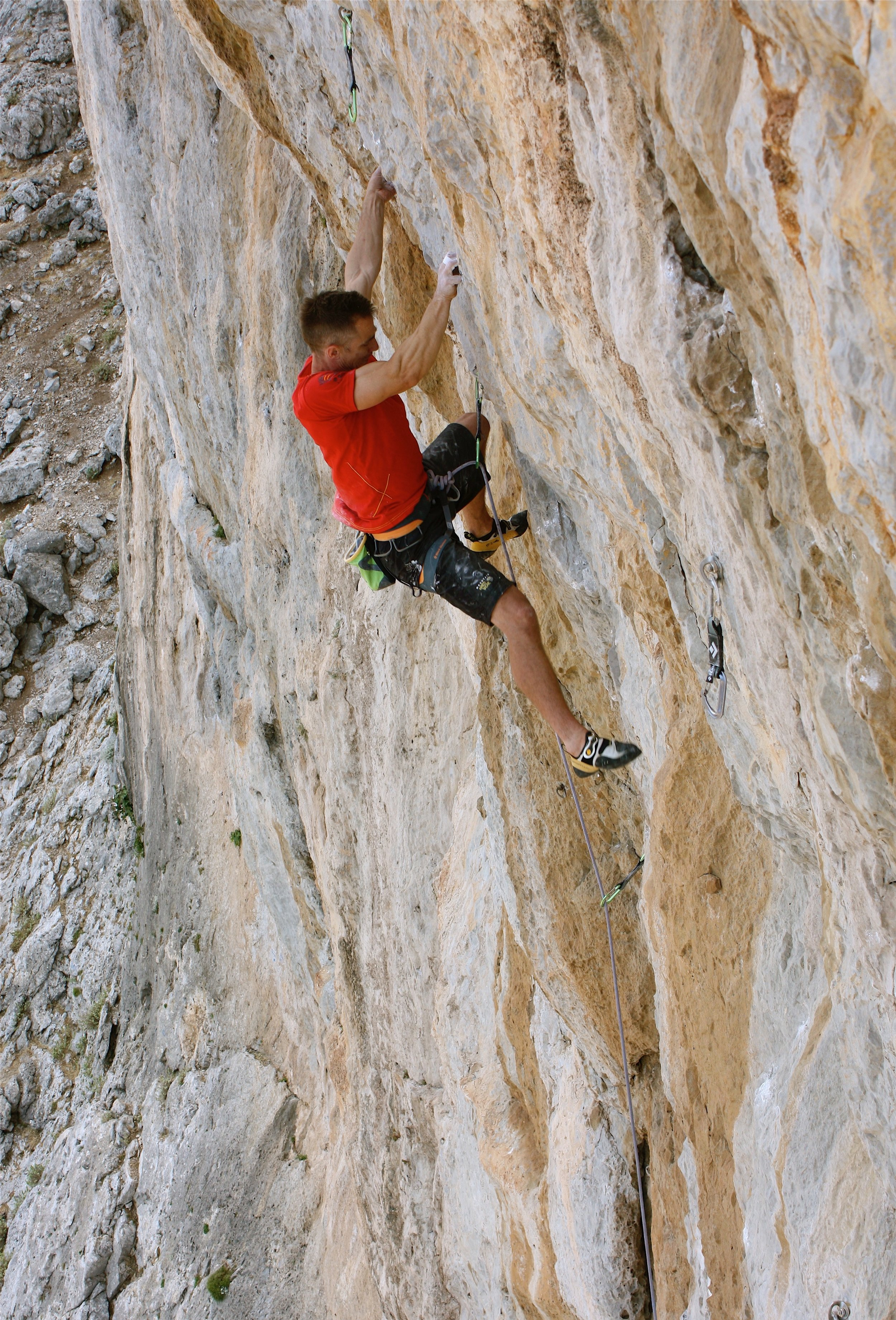 Broken Souls 7c, Lower Spartan Wall, Kalymnos.  Photo: Selina Chen