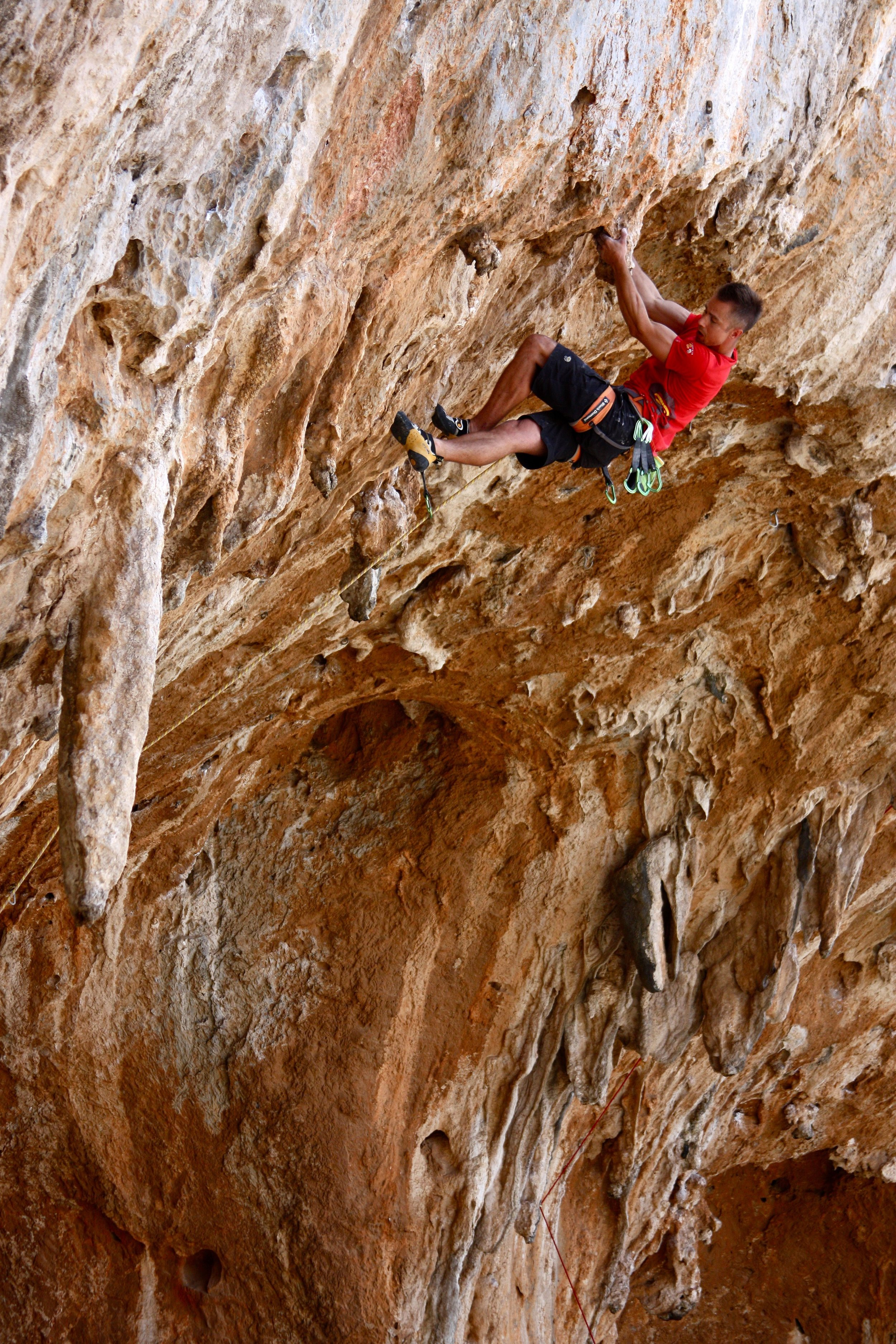 Raptor 7c+, Jurassic Park, Kalymnos  Photo: Simon Kincaid