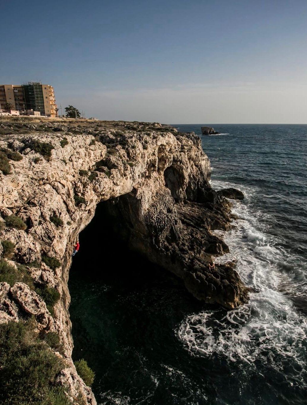 DWS crag near to Syracusa, where Sirocco is located.  Photo: Roberto Zampino