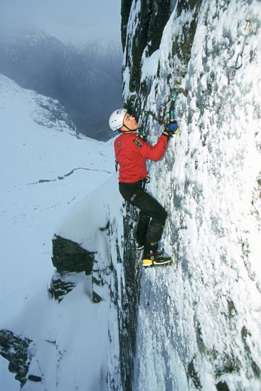 The Tempest X 9, Glencoe. First ascent in 2001.  Photo: Dave Cuthbertson