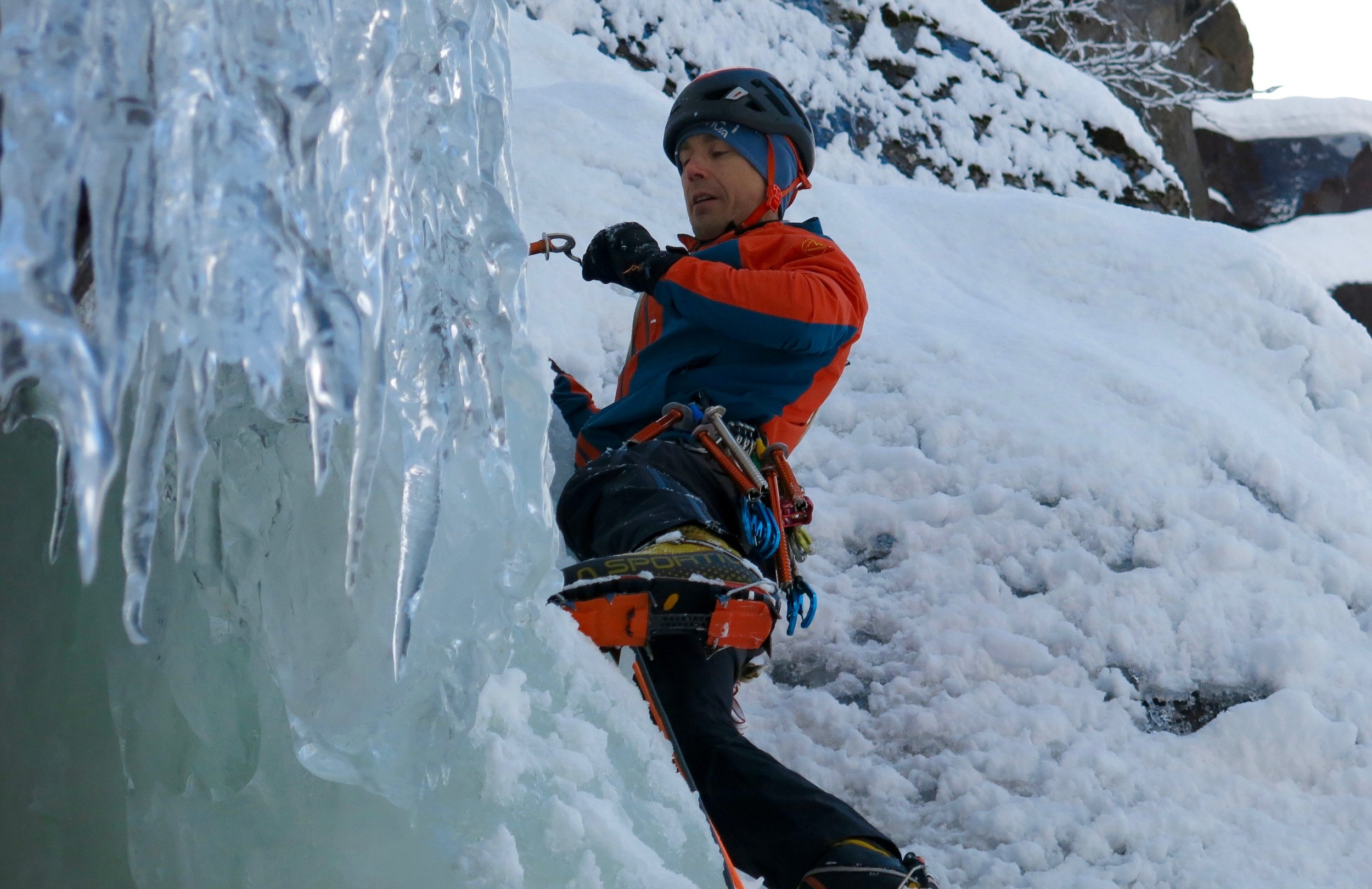 Using the Laser Speed ice screw in Rjukan, Norway. Photo: Gerard Smith