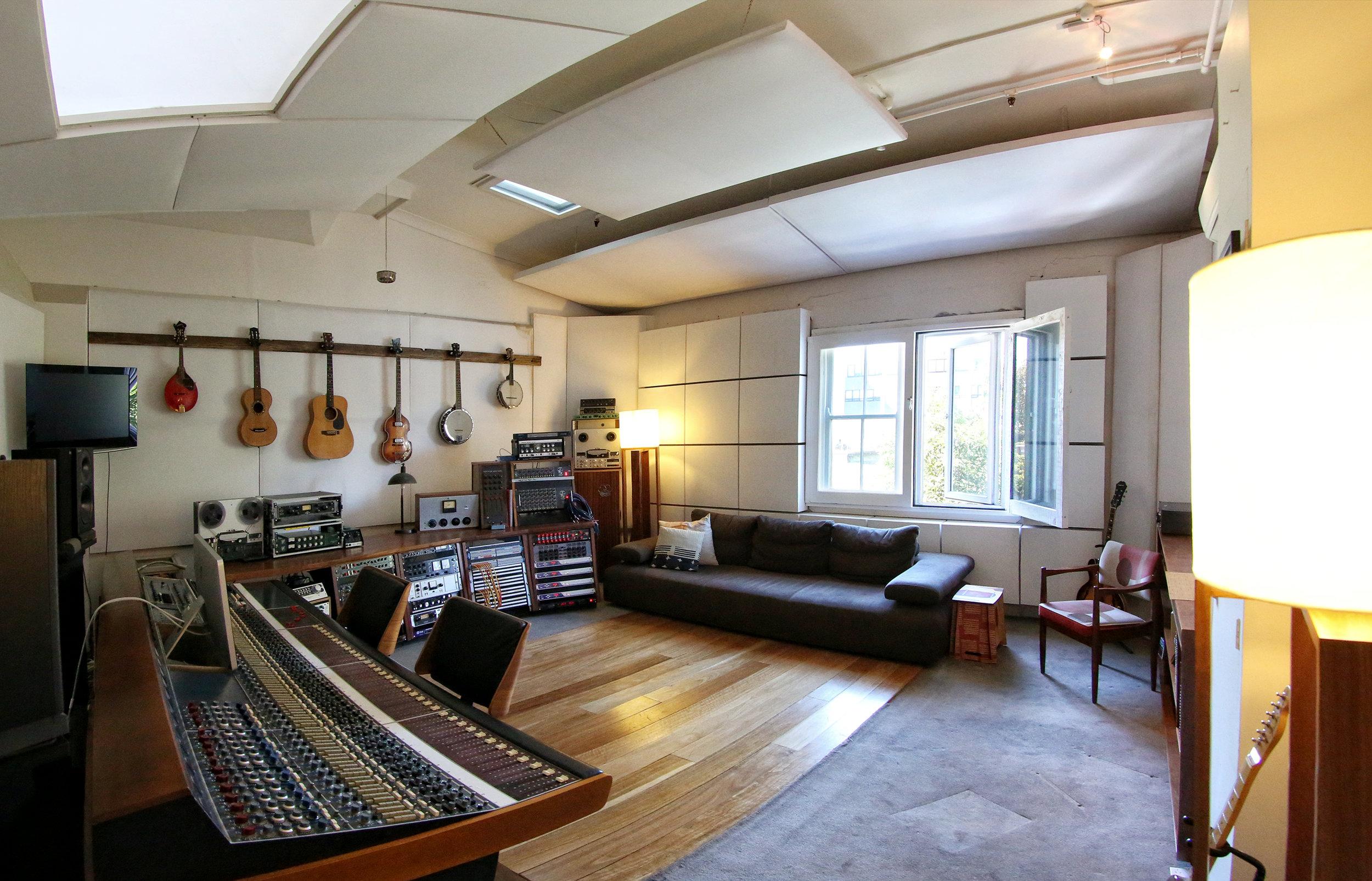 Turning Studios 041.jpg