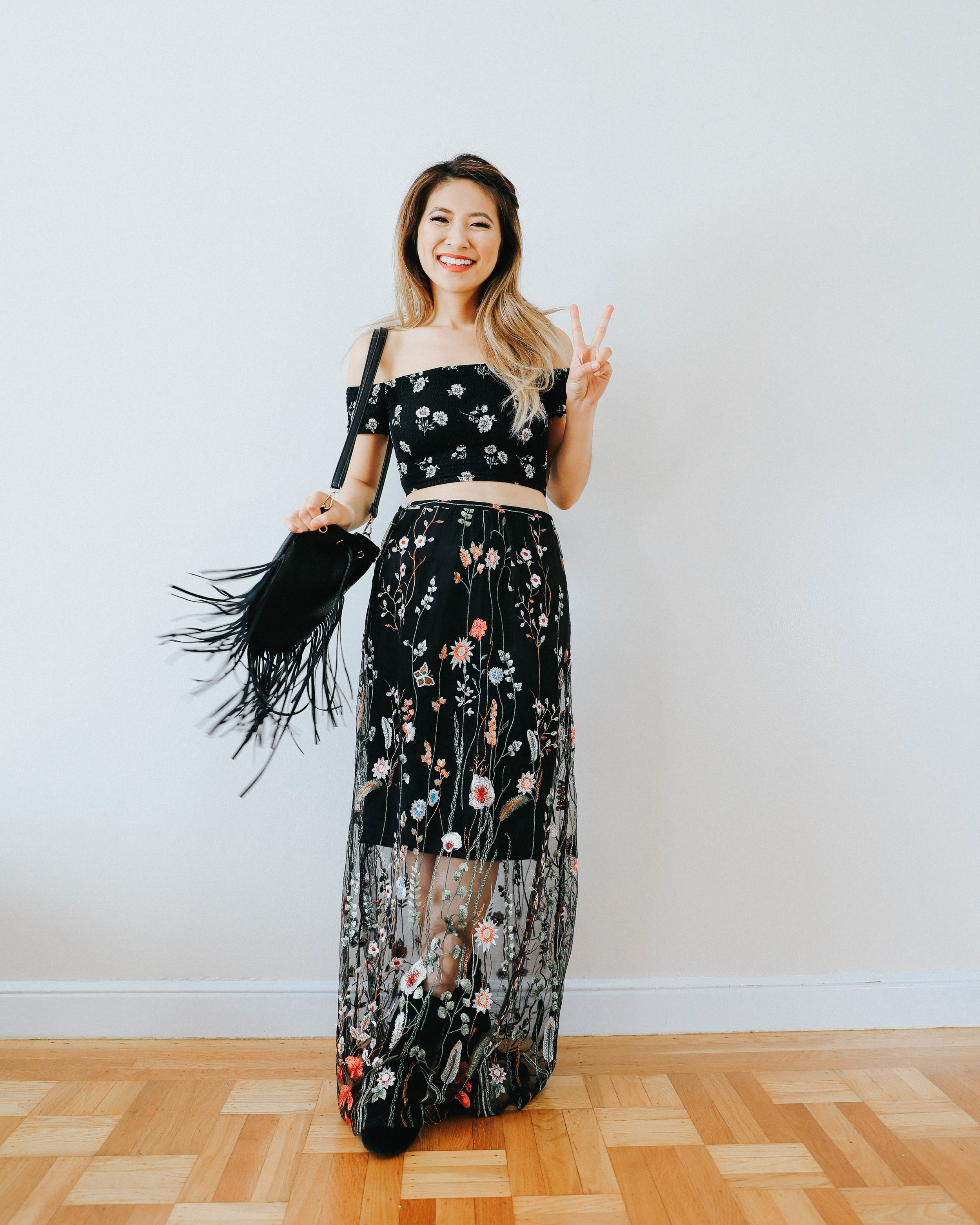 Festival Outfits - Festival season is a fun time to play with trends and make a statement. But sometimes it's hard to transition these playful outfits into every day wear. Lace, co-ord sets, florals, I mean where do I begin? Here's 7 wearable festival inspired outfit ideas to get you excited for summer!