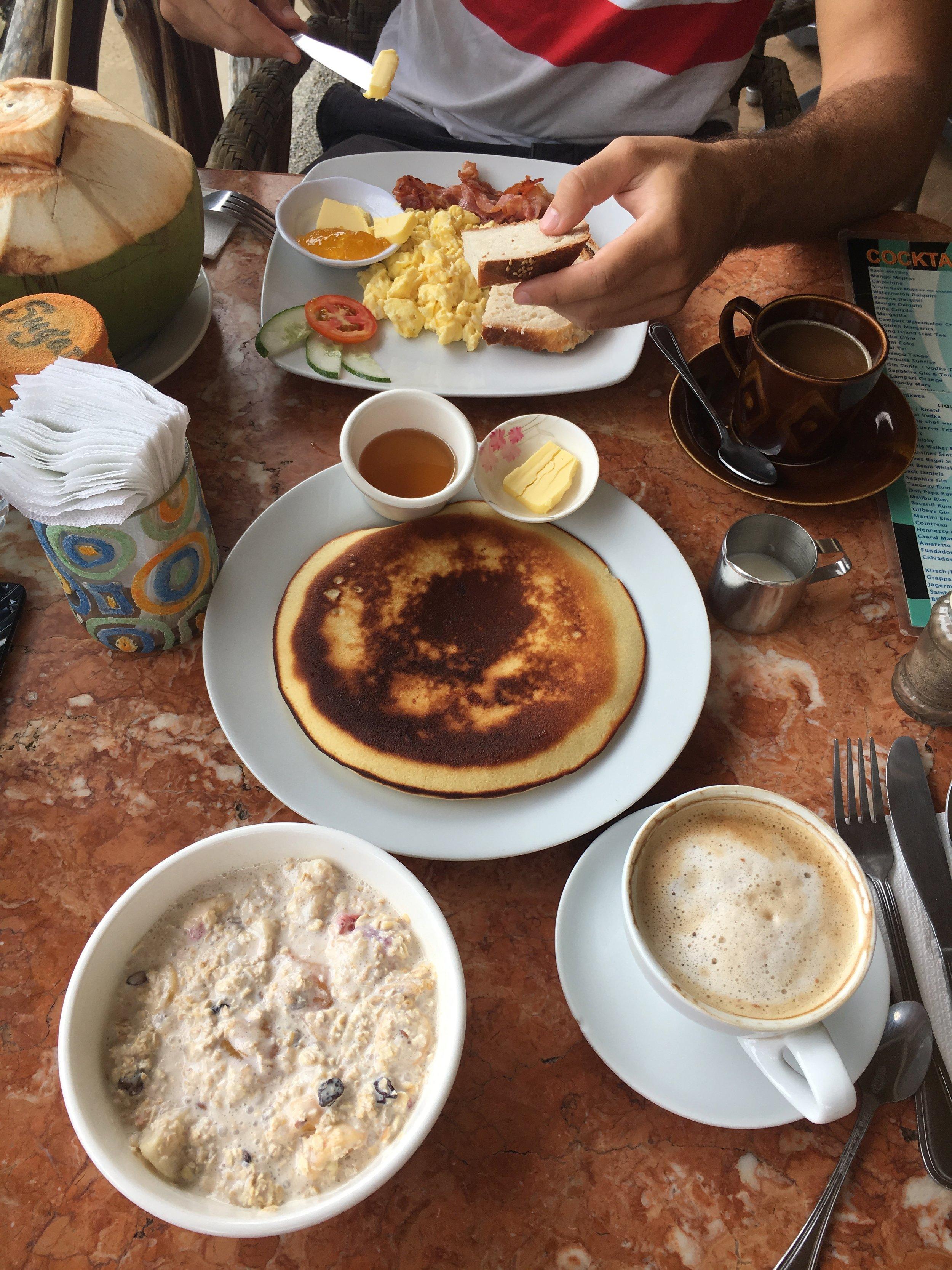 Well deserved breakfast <3 - Art Cafe.