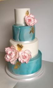 vivacious cakes .jpg