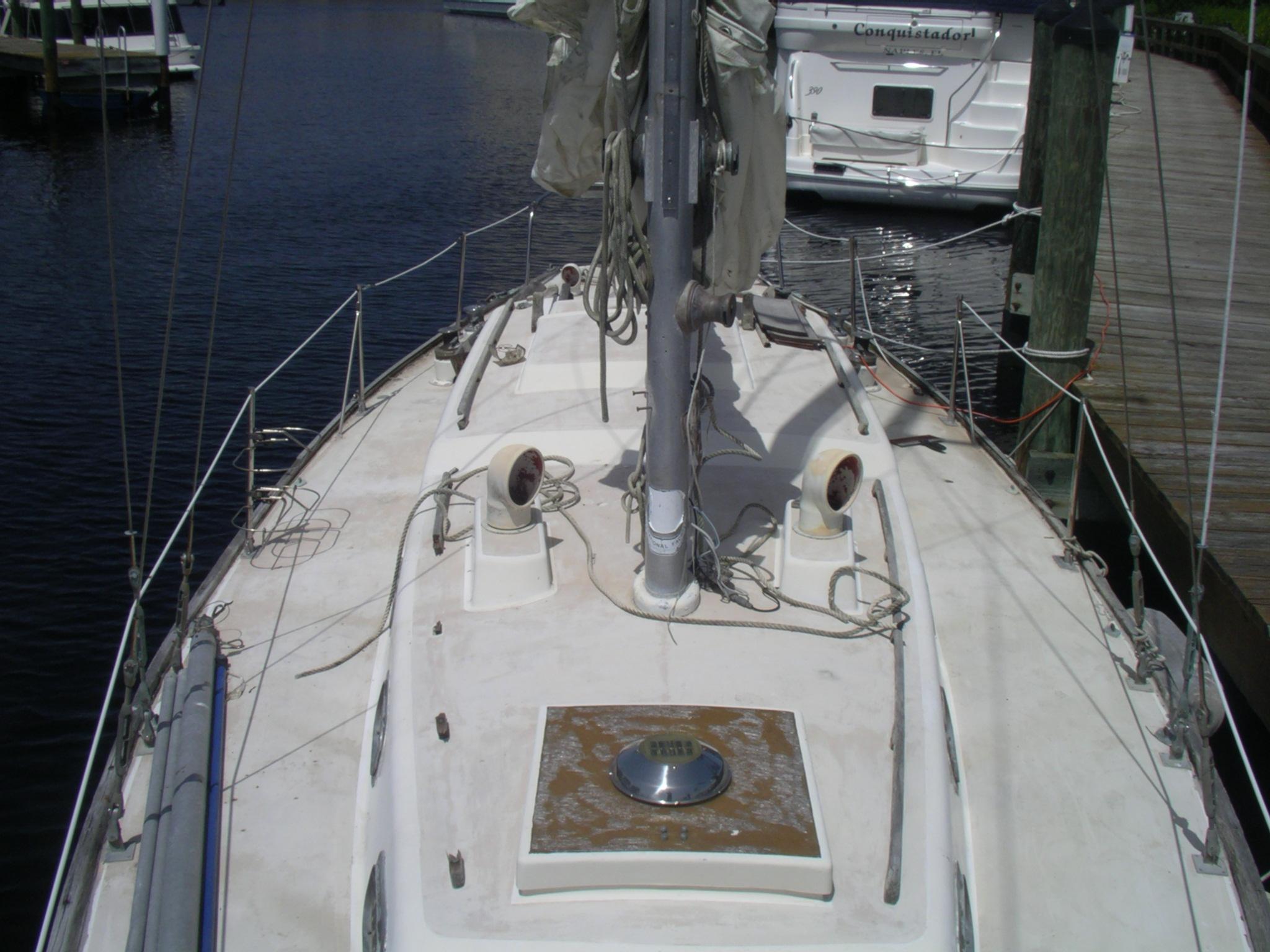 BoatDeck_July2010 (7).JPG