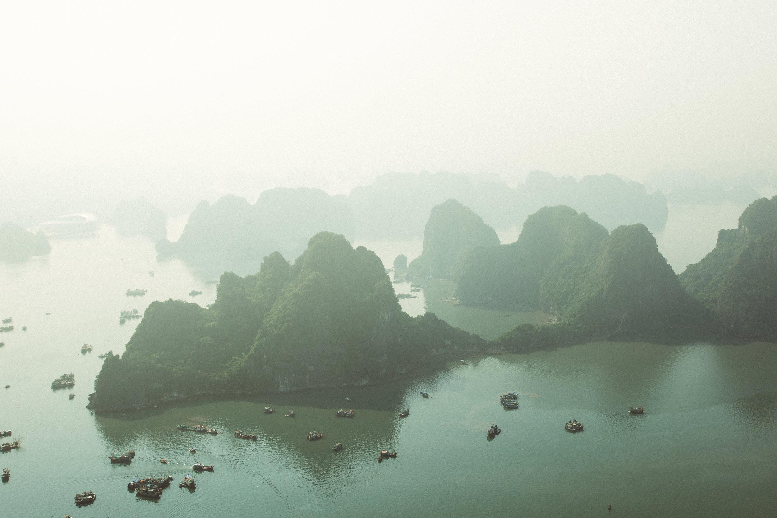 @sukrits_25 - Ha Long Bay, Vietnam