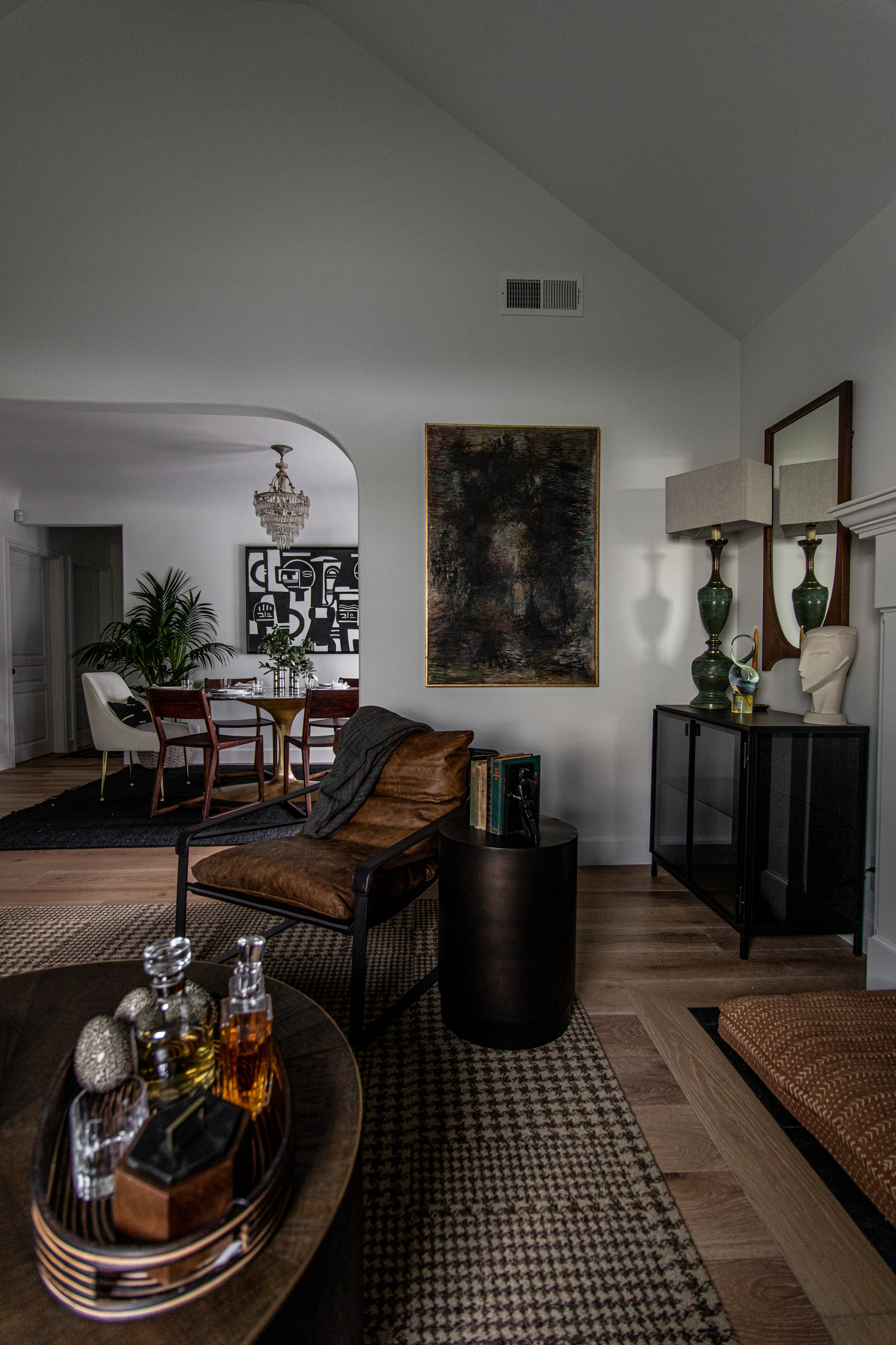 Living Room 16.jpeg