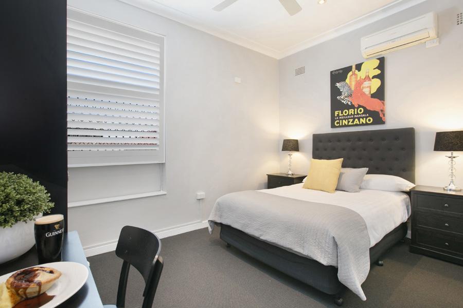 room9:2.jpg