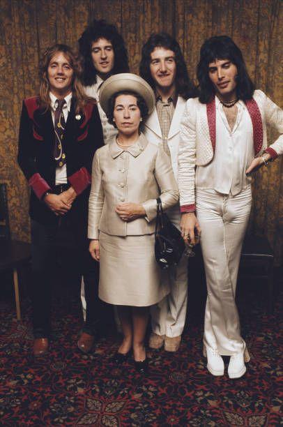 QUEEN meeting the Queen