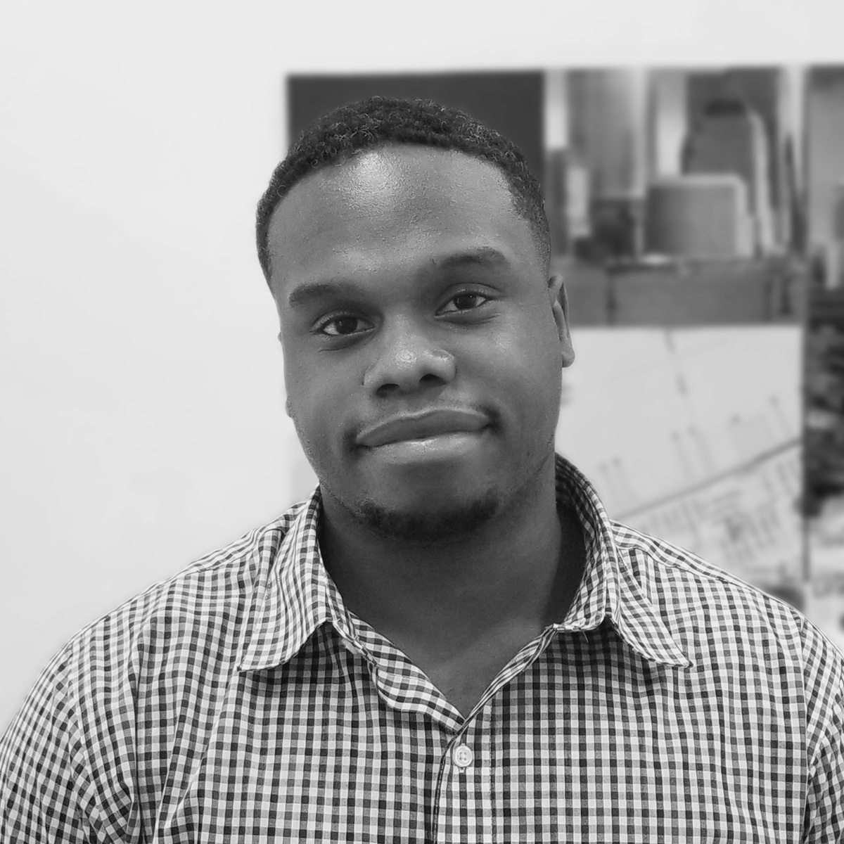 <p><strong>DONOVAN KIRKLAND</strong>Project Manager</p>